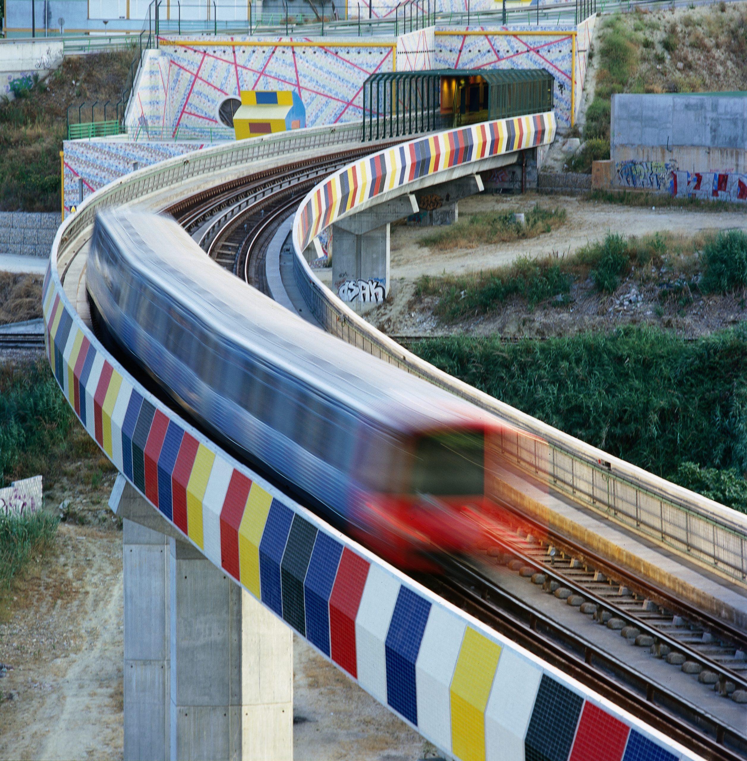 Alteração de quadro jurídico permite futuras expansões em metro ligeiro